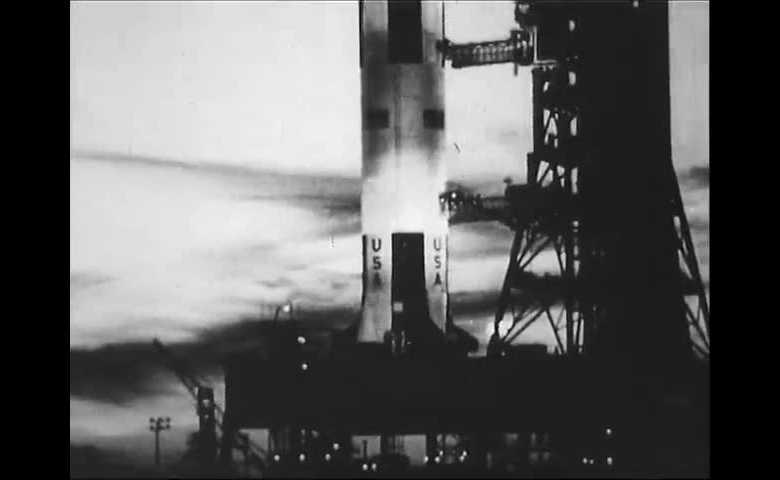 Le avventure dell'uomo - Viaggio sulla luna