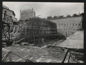 Una veduta del cantiere per la Nuova Sede Pirelli: costruzione del plinto di fondazione