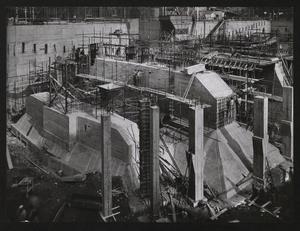 Una veduta del cantiere per la Nuova Sede Pirelli: sono visibili le strutture di fondazione