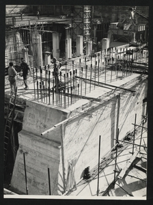 Construction of the Pirelli Centre - October 1956 - photo by Calcagni