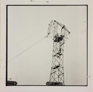 24 ottobre 1956, veduta del cantiere del Centro Pirelli: è presente una struttura in metallo, forse un elevatore di calcestruzzo