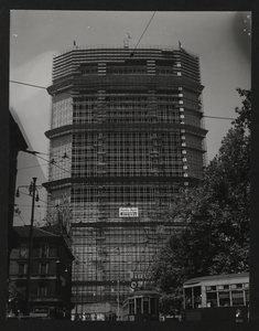 Construction of the Pirelli Centre - August 1958 - photo by Publifoto