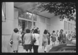 Veduta dell'ingresso dipendenti in via Filzi