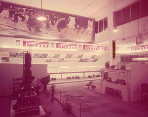 Veduta dello stand delle Suole Coria. Esposizione di suole e calzature.