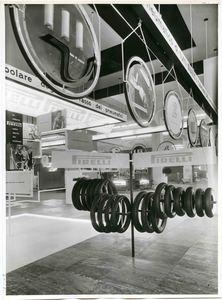 Veduta parziale dello stand Pirelli. Esposizione di pneumatici per motociclo.