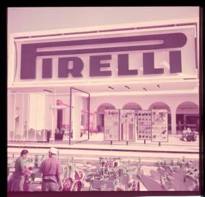 Veduta parziale dell'entrata del posteggio Pirelli