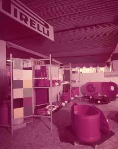 Padiglione delle materie plastiche - Stand Azienda Monza- Esposizione di articoli in resivite e in polietilene.